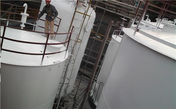 甲醇储罐翻新防腐喷漆工程